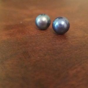 Genuine freshwater pearl earrings